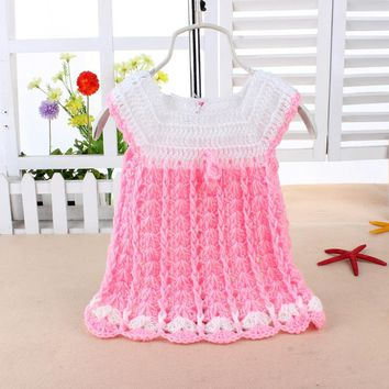 Newborn Little Girl Knitted Dresses Bright Colors One Size For 0-1 Year