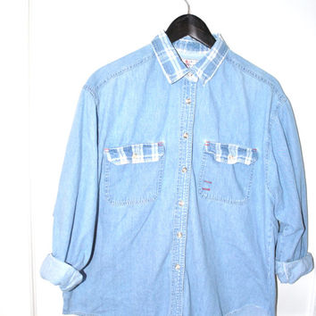 chambray shirt / GRUNGE plaid light wash DENIM long sleeve collared shirt / relaxed fit medium