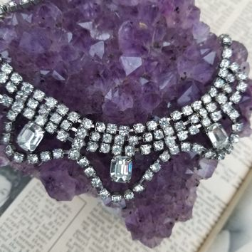 scalloped rhinestone vintage bib necklace