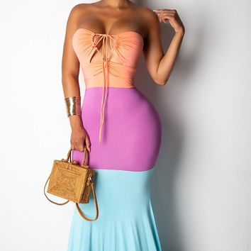 Sweet Sophistication Colorblock Sleeveless Spaghetti Strap Halter Cut Out Mermaid Casual Maxi Dress