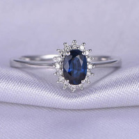 Sapphite Engagement Ring,Oval Cut Sapphite Wedding ring,0.75ct Blue Sapphite,Diamond Halo,Plain Gold Band,14k White gold,Anniversary Ring