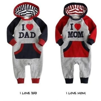 I LOVE MOM OR DAD Baby Grow Long Sleeved Bodysuit Jumpsuit Romper Onesuit Outwear = 1827645380