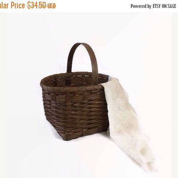 ON SALE - Woven Wood Basket, Primitive Farmhouse Home Decor, Vintage Garden Gathering or Easter Basket