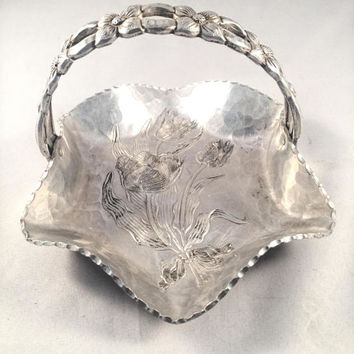 Rodney Kent Hand Wrought Aluminum Basket With Hammered Base, Scalloped Edging, Tulip Bouquet, Floral Handle