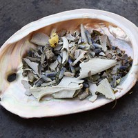 PEACE SMUDGE MIX with White Sage, Lavender & Chamomile to Cleanse and De-Stress Your Space