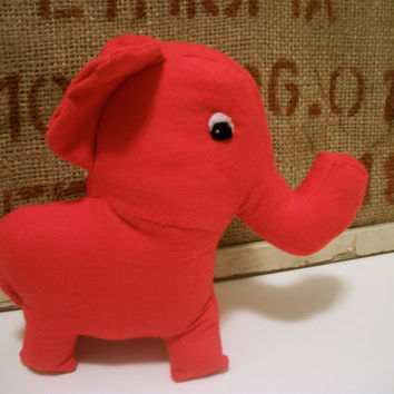 Elephant Plush Recycled Red- Bala