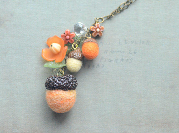 Acorn necklace needle felted acorns from nozomicrafts on for Acorn necklace craft