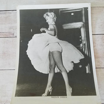 Vintage Marilyn Monroe Photograph/ Marilyn Monroe/ Marilyn Monroe Wall Art/ Vintage Photograph/ 7 year itch/ Marilyn Monroe Picture