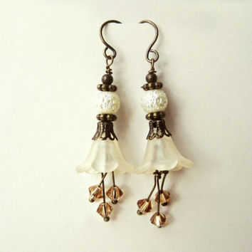 Ivory Flower Earrings. Handmade Floral Bridal Jewelry with Topaz Swarovski Crystals, Cream Lucite Flowers, Shimmering Ivory Pearls. FDE7