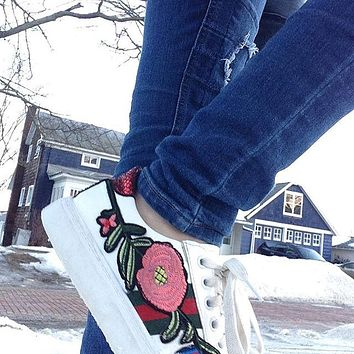 Gucci Stylish Women Men Casual Flower Bee Embroidery Old Skool Flat Sneakers Sport Shoes I