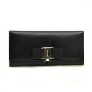 Ferragamo Continental Leather Wallet- Black