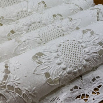 Five White Madeira Placemats and Runner, Intricate Cut Work & White Work, Raised Embroidery, 1940s, Vintage Estate Linens