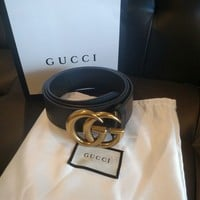 New Gucci Belt leather Belt size 36-38 double G gold buckle black strap