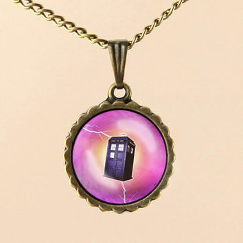 Doctor Who Tardis Necklace,Doctor Who Necklace, Dr Who masters necklace