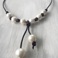 Leather and pearl tassel necklace, pearls and leather, freshwater pearl necklace, bridal jewelry, pearls, beach wedding, pearl, leather