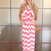 Heavenly Chevron Maxi Coral - Modern Vintage Boutique