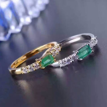 Gold or silver emerald ring