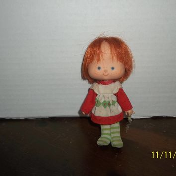"vintage 1980's kenner strawberry shortcake doll 5 1/4"" tall curved hands #1"