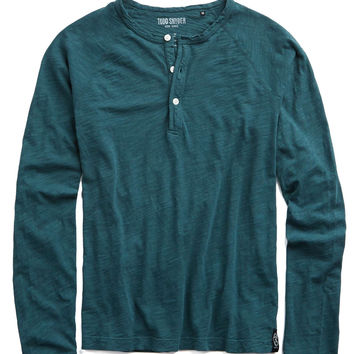 Bound Raglan Henley in Cape Verde