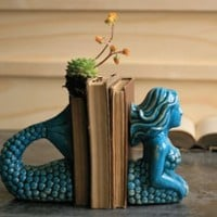 Ceramic Mermaid Bookends, 9 x 4 x 8 in