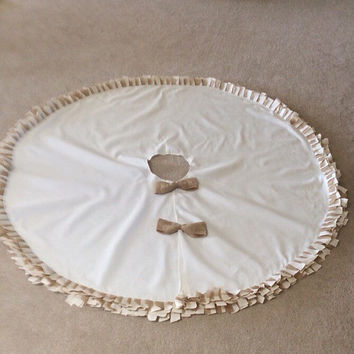 "Large Burlap Ruffled Christmas Tree Skirt , Sewn  63"" Tree Skirt, Natural Burlap &Cotton, Tree Skirt"