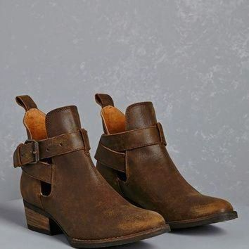DCK7YE Volatile Leather Ankle Boots