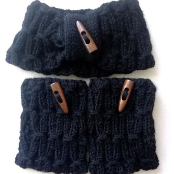 Hand Knitting Women Black Headband and Bootcuffs with Wooden Button / Ready to Shipping
