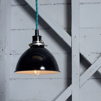 Metal Shade Industrial Pendant