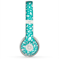 The Teal and White Floral Sprout Skin for the Beats by Dre Solo 2 Headphones
