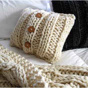 IN STOCK- Luxury Cable Knit Pillow