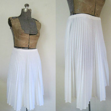 White Flared Pleated Skirt Vintage 1970s Permapleat A Line Knee Length