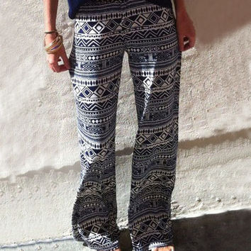 Multi Color Monochrome Geometric Print Flared Pants