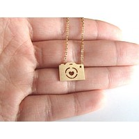 Everyday Accessories - Camera Necklace