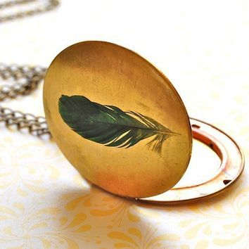 Vintage Feather Locket by verabel on Etsy
