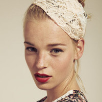 Dahlia Fashion -- Pink Lace Headband