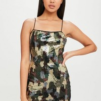 Missguided - Carli Bybel x Missguided Green Camo Sequin Dress