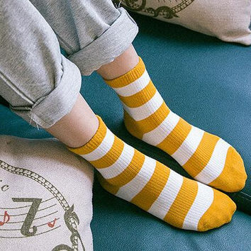 5Pcs Comfortable Socks Gift 01