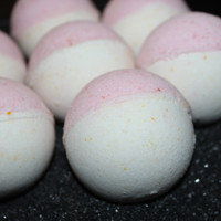 Champagne Pomegranate Bath Bomb