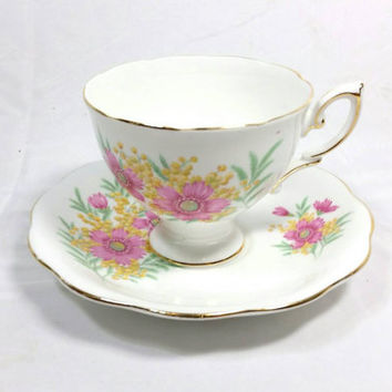 Vintage Royal Standard Fine Bone China England Teacup and Saucer/Floral Gold Trimmed Teacup/Pink Flower Tea Cup/Vintage FootedTeacup