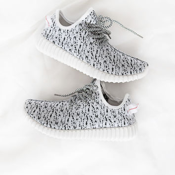 Faux Feezy White/Black Trainers