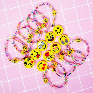New Colorful Random Emoji Charms Bracelets for Kid Colorful Acrylic Beads Bracelets & Bangles Girls Party Jewely Gifts