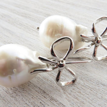 Baroque pearl earrings, dangle earrings, freshwater pearl earrings, uk bridal jewelry, sterling silver 925, italian jewellery, gift for her