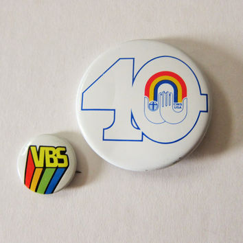 80s Set of 2 Religious Organization Metal Pinback Buttons: Vacation Bible School VBS & Church World Service CWS