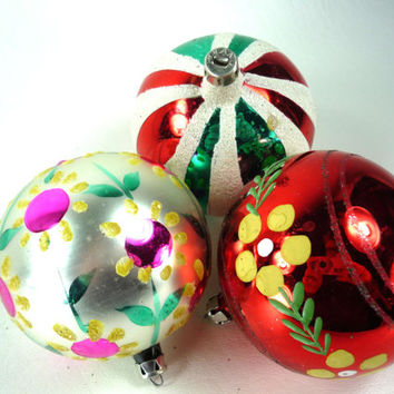 Hand Painted Vintage Christmas Ornaments Set of 3 Mercury Glass Green Red Silver White