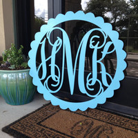 Beautiful Crafted Scalloped Circle Monogram, Wooden Monogram,Unpainted,Wedding Decor, Door Hanger