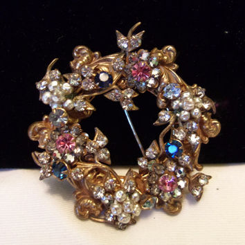 Miriam Haskell Baroque Revival Brooch Pearl Pink Blue Glass Rhinestone Gold Plate Vintage Pin