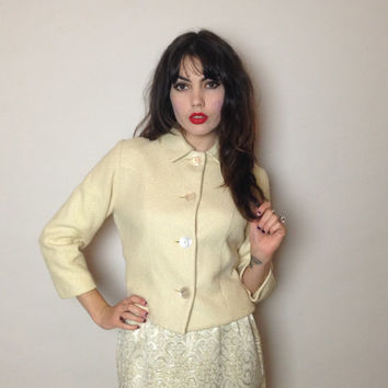 50's/60's CREAM CROPPED JACKET - wool - large buttons - medium