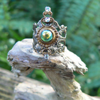 Elfin midi ring green Peridot glass armor ring knuckle ring nail ring claw ring finger tip ring goth victorian moon goddess pagan boho gypsy