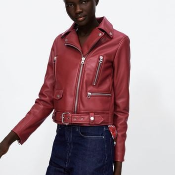 FAUX LEATHER ZIPPERED JACKET DETAILS