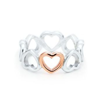 Tiffany & Co. -  Tiffany Hearts® ring in sterling silver and 18k rose gold.